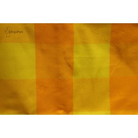 Bebina  Karo chusta tkana do noszenia dzieci krata pomarańczowo - żółta