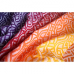 Żakardowa chusta tkana do noszenia dzieci Yaro Slings Braid Fire Grad Wool